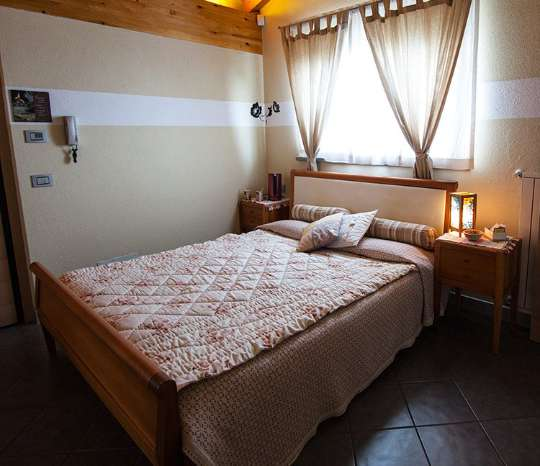 Bed and Breakfast Aosta - Camera Centolettere